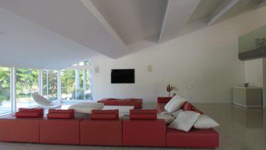 Sala de TV Casa Condomínio Mansões