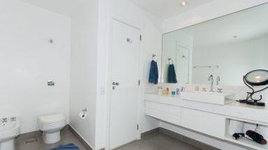 banheiro apartamento São Conrado