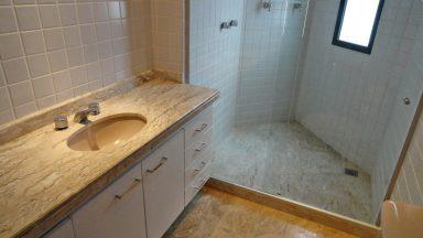 Banheiro suíte Apto Ocean Front